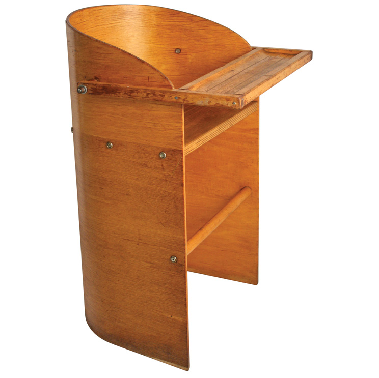 Woodenchair1
